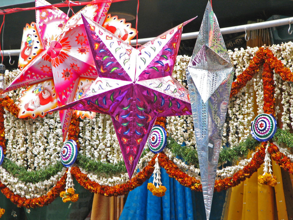 india-colours-of-india-001-store-display