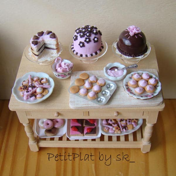 miniature-food-pink-tea-party-4_l